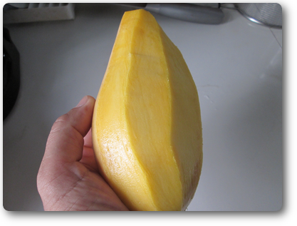 プーケットのマンゴーの剥き方2