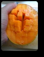 日本のマンゴーの花切り3