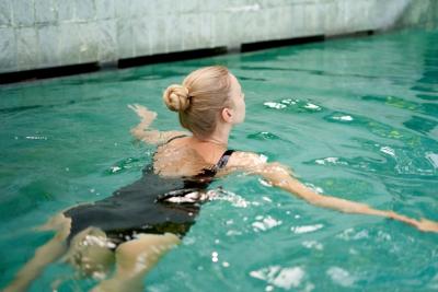 プーケット ダイビングスキルアップ術 平泳ぎ